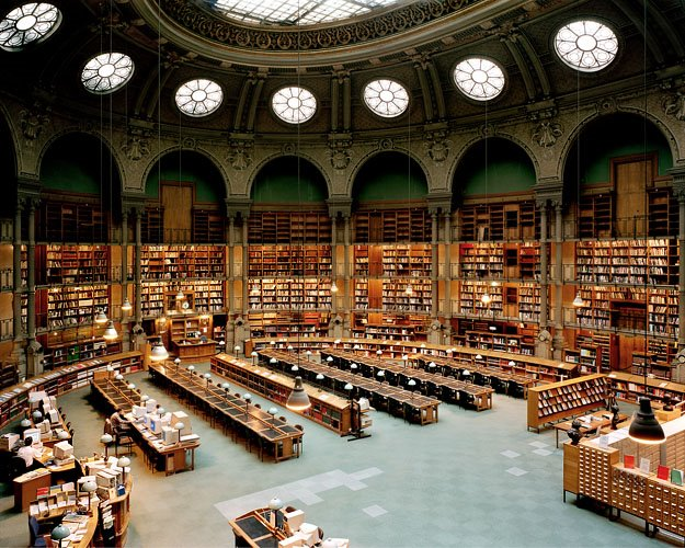 The XVIIth Century But Librarys Jewels Salle Labrouste Up And Ovale Down Has Been Respectively Built In 1854 Henri Architect