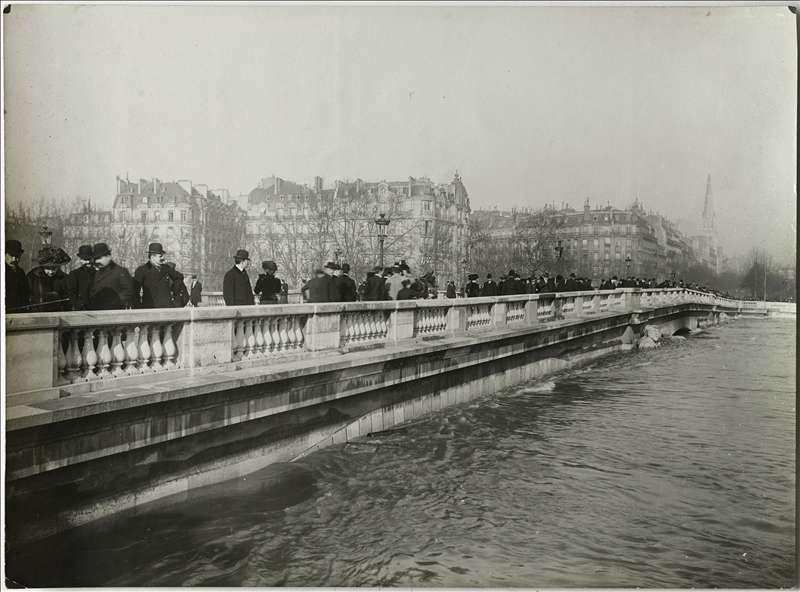 history paris 1910 great flood the funambulist magazine