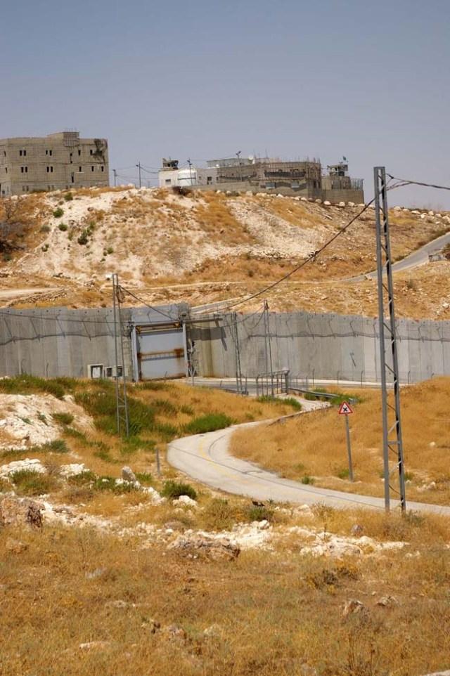 Wall in East Jerusalem - photo by Leopold Lambert (2018)