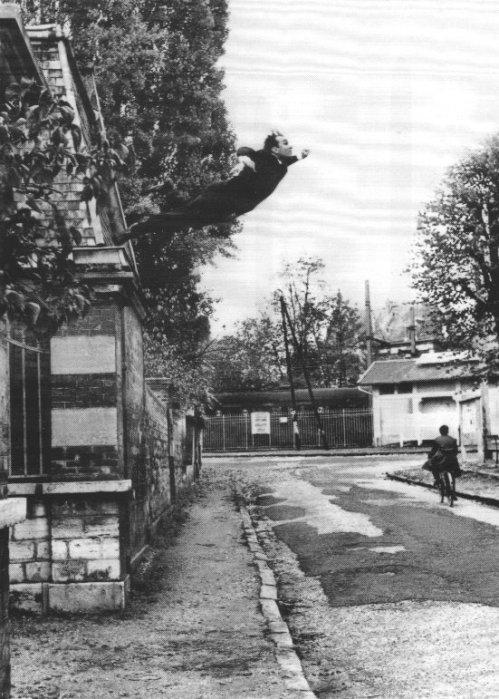 Le Saut dans le Vide (1960), de Yves Klein