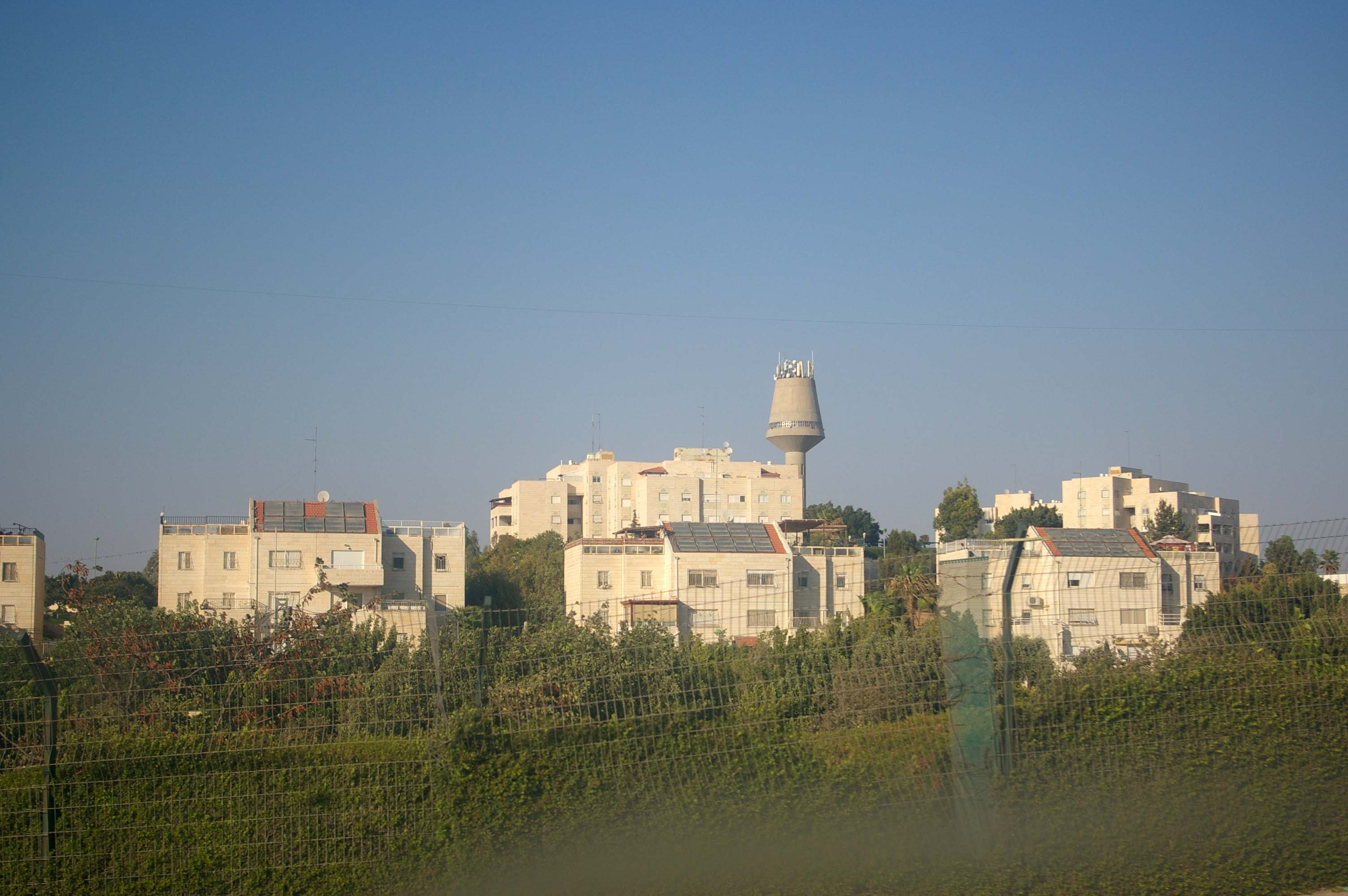 Ma'ale Adummim - photo by Leopold Lambert (1)
