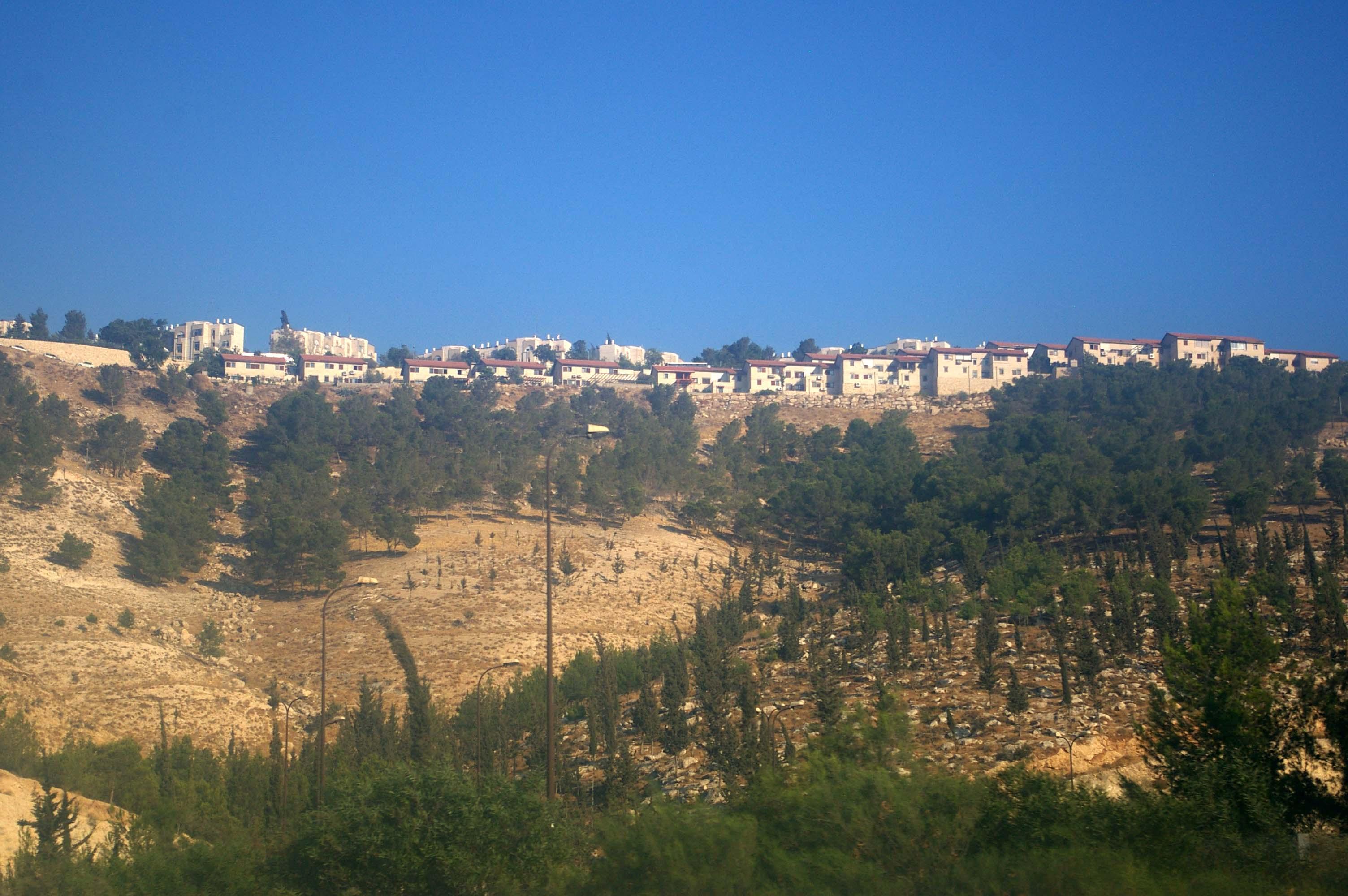 Ma'ale Adummim - photo by Leopold Lambert (2)