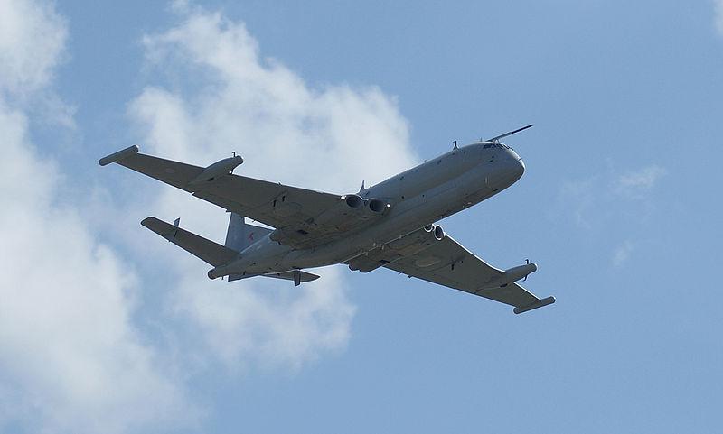 800px-Nimrod_R1_Waddington_airshow_2009