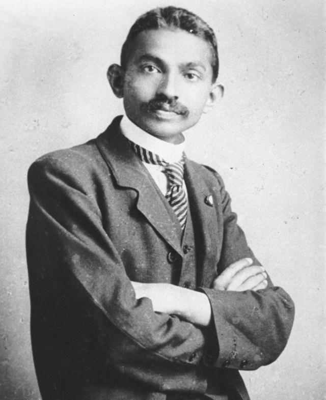 Gandhi_costume