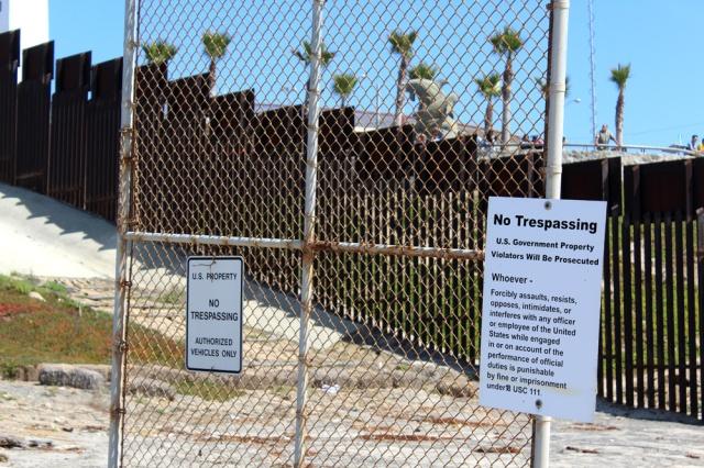 US Mexico Border - photo by Leopold Lambert (4)