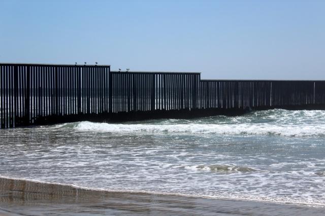 US Mexico Border - photo by Leopold Lambert (6)