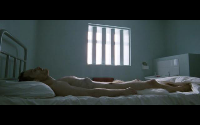Hunger Steve McQueen - The Funambulist (11)