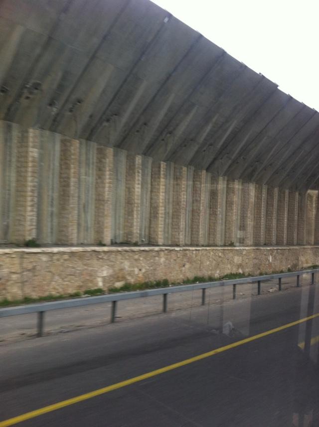 09- Wall (photo by Leopold Lambert)
